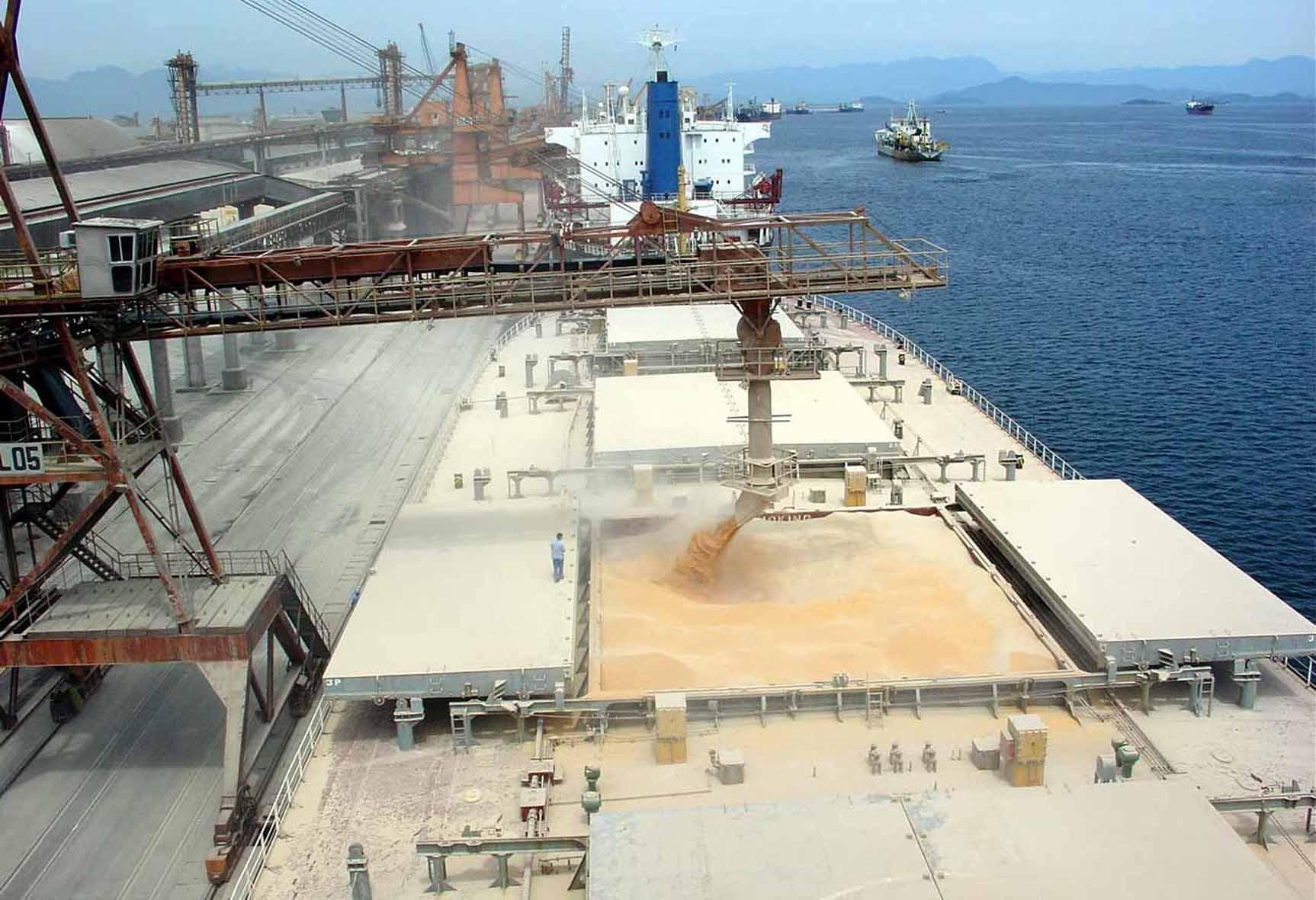 exportacoes 06 05 2013