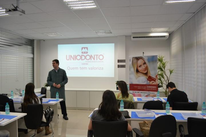 uniodonto curitiba 18 09 2013