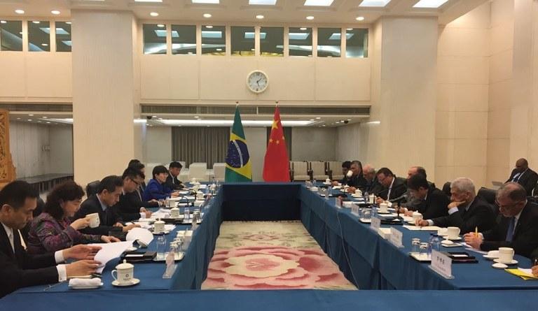 Frigoríficos brasileiros serão vistoriados por veterinários da China